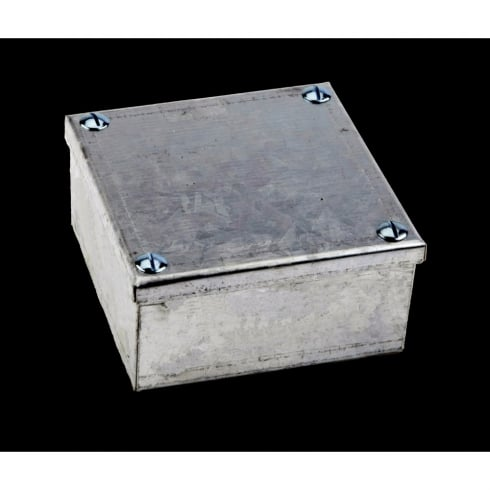 "Adaptable Box 6"" x 6"" x 3"""